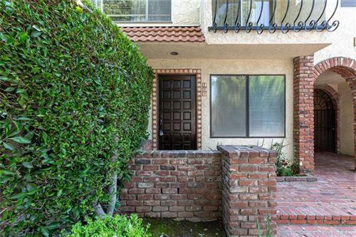 Photo of 1323 S Carmelina Avenue #101, Los Angeles, CA 90025 (MLS # OC21180648)