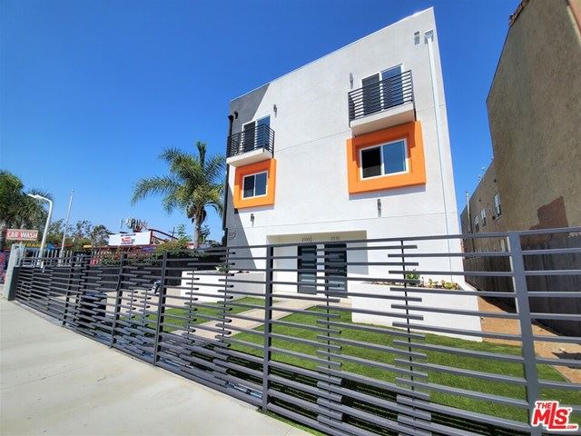 Photo for 2335 Crenshaw Boulevard, Los Angeles, CA 90016 (MLS # 20628648)
