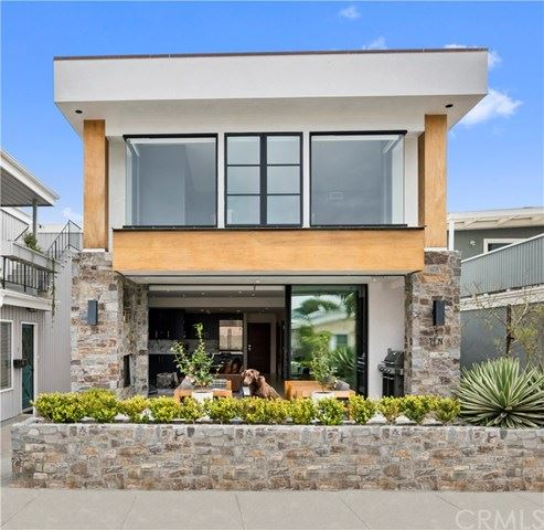 Photo of 310 Anade Avenue, Newport Beach, CA 92661 (MLS # NP19123649)