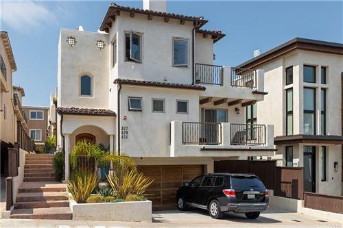 Photo of 429 11th Street, Hermosa Beach, CA 90254 (MLS # SB21160649)