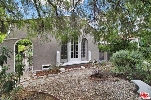 Photo of 208 N Beachwood Drive, Los Angeles, CA 90004 (MLS # 20650650)