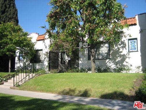 Photo of 522 N Alta Vista Boulevard #10, Los Angeles, CA 90036 (MLS # 21702650)