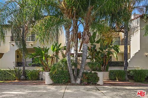 Photo of 5753 White Oak Avenue #8, Encino, CA 91316 (MLS # 21762650)