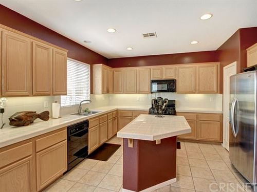 Tiny photo for 27639 Auburn Court, Canyon Country, CA 91351 (MLS # SR20091651)