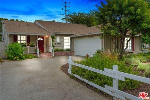 Photo of 4400 Beeman Avenue, Studio City, CA 91604 (MLS # 20630652)