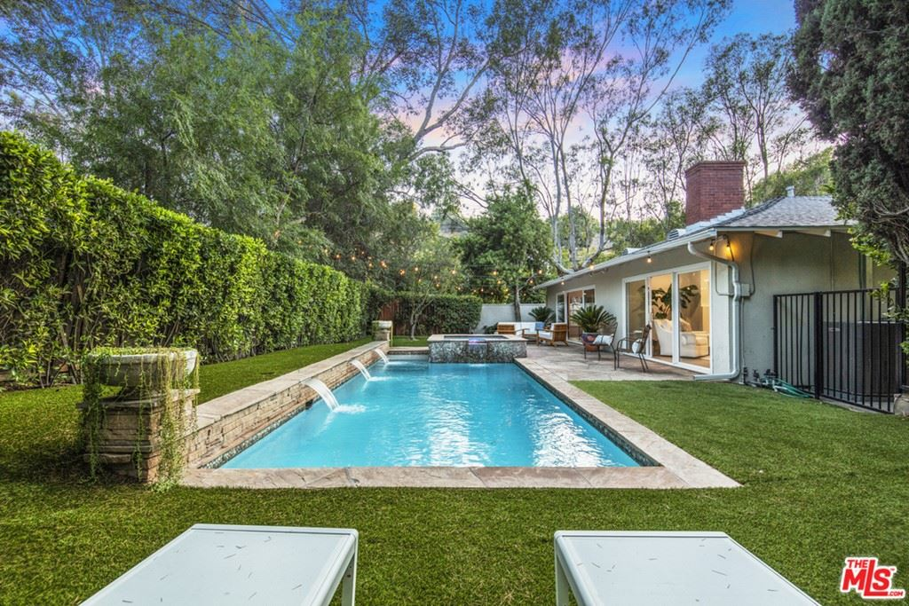 Photo of 2400 Coldwater Canyon Drive, Beverly Hills, CA 90210 (MLS # 21765652)