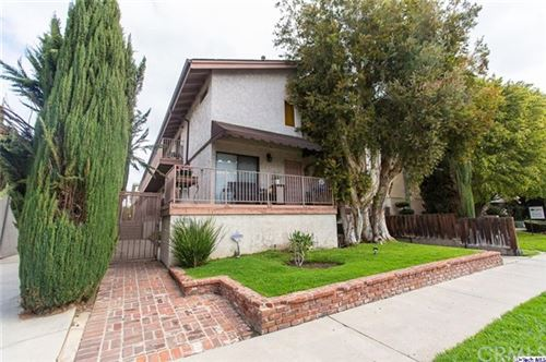 Photo of 14319 Addison Street #4, Sherman Oaks, CA 91423 (MLS # 320005653)