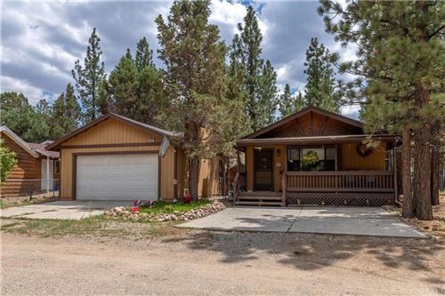 Photo of 2062 10th Lane, Big Bear, CA 92314 (MLS # EV21167653)