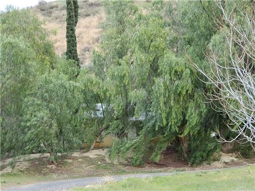 Photo of 28402 Bouquet Canyon Road, Saugus, CA 91350 (MLS # SR20053653)