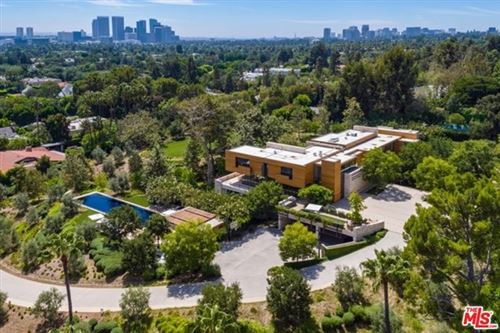 Photo of 911 N Foothill Road, Beverly Hills, CA 90210 (MLS # 20588654)