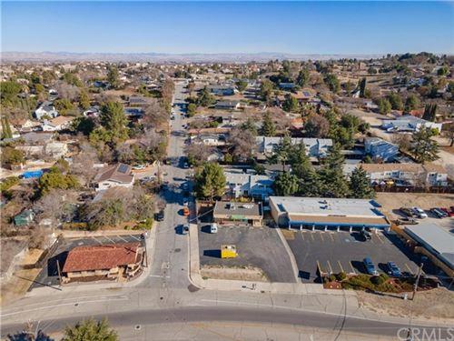 Photo of 609 Creston Road, Paso Robles, CA 93446 (MLS # NS21011654)