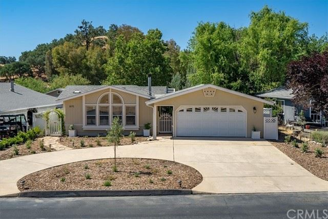 Photo of 3075 Bridle Trail Lane, Paso Robles, CA 93446 (MLS # NS21120654)