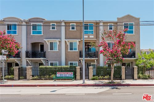 Photo of 14844 Nordhoff Street, Panorama City, CA 91402 (MLS # 21752656)