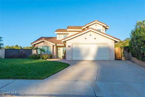 Photo of 4190 Oakcliff Drive, Moorpark, CA 93021 (MLS # 221005656)