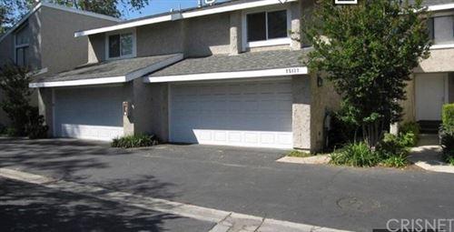 Photo of 25137 Amberley Way, Valencia, CA 91355 (MLS # SR21082656)