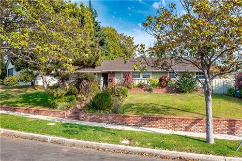 Photo of 2801 Dunleer Place, Los Angeles, CA 90064 (MLS # SR21131656)