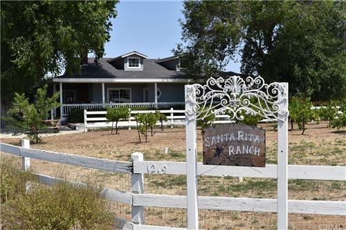 Photo of 1215 Santa Rita Road, Templeton, CA 93465 (MLS # NS21159657)