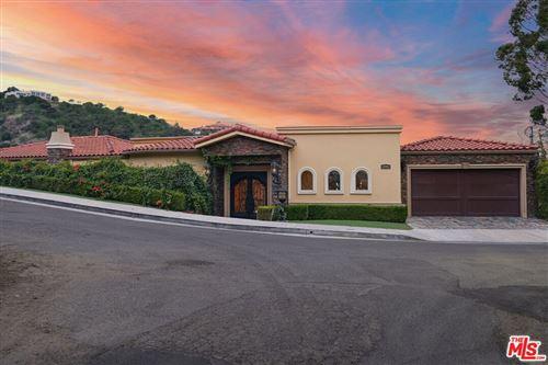 Photo of 3601 Dixie Canyon Avenue, Sherman Oaks, CA 91423 (MLS # 21775658)
