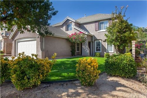 Photo of 27955 Bridlewood Drive, Castaic, CA 91384 (MLS # SR20174658)