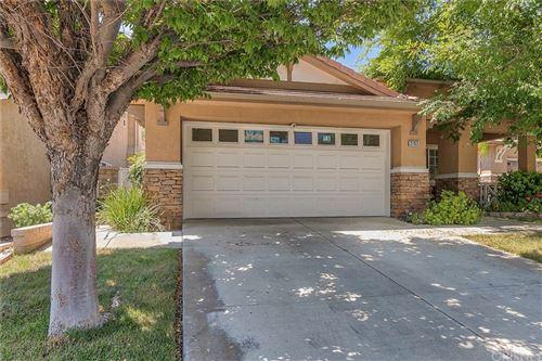 Photo of 21152 Cross Creek Drive, Saugus, CA 91350 (MLS # SR21155658)