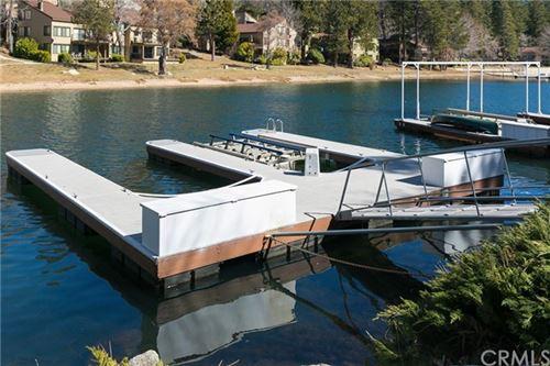 Photo of 27602 Meadow Bay Drive, Lake Arrowhead, CA 92352 (MLS # EV21045659)