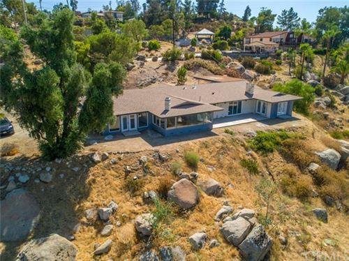 Photo of 28301 Vista Del Valle, Hemet, CA 92544 (MLS # SW20149659)