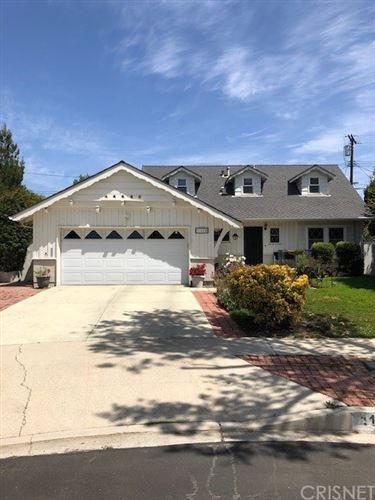 Photo of 11604 Wish Avenue, Granada Hills, CA 91344 (MLS # SR21079661)