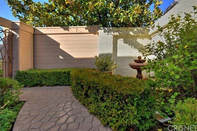 Photo of 4610 Tam Oshanter Drive, Westlake Village, CA 91362 (MLS # SR20009661)