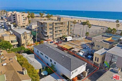 Photo of 11 20Th Avenue, Venice, CA 90291 (MLS # 21675662)