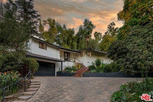Photo of 4692 Morro Drive, Woodland Hills, CA 91364 (MLS # 21679662)