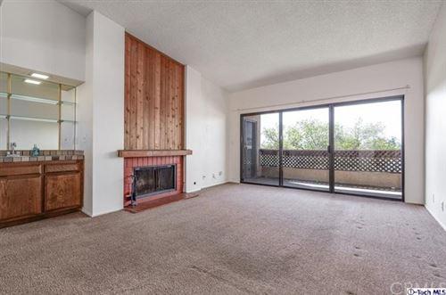 Photo of 2121 Scott Road #302, Burbank, CA 91504 (MLS # 320005662)