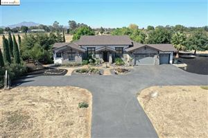 Photo of 2300 Bartels Dr, Brentwood, CA 94548 (MLS # 40883662)