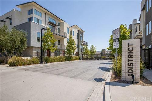 Photo of 19531 Astor Place, Northridge, CA 91324 (MLS # SR20168662)