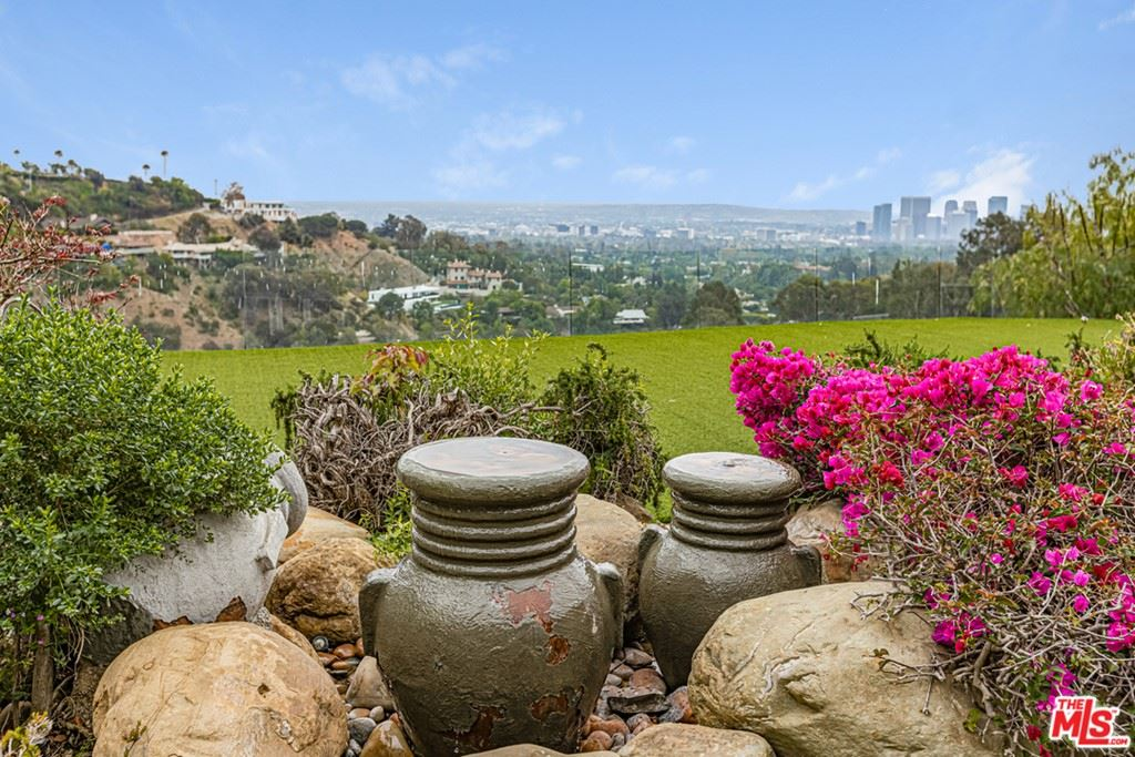 Photo of 1450 N Bella Drive, Beverly Hills, CA 90210 (MLS # 21719662)