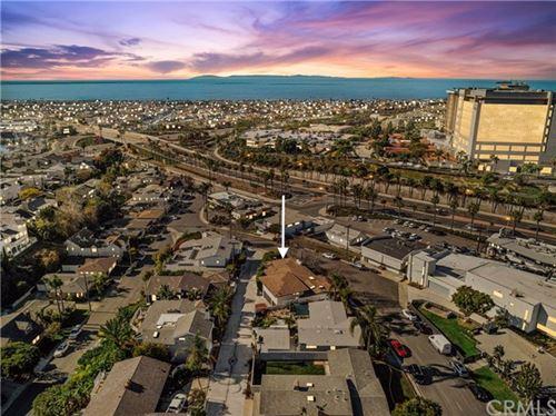 Photo of 308 Holmwood Drive, Newport Beach, CA 92663 (MLS # NP21011663)