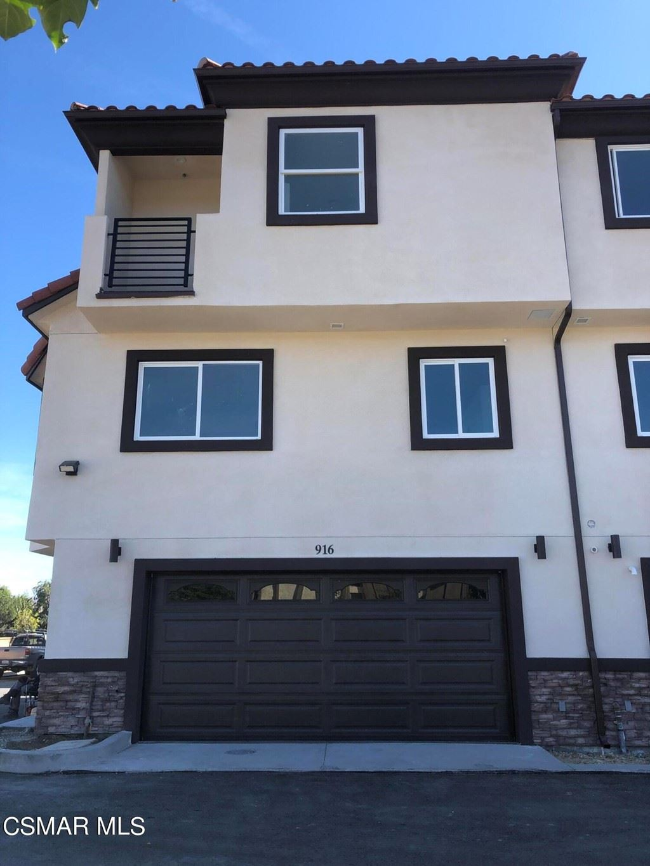 Photo of 916 Warwick Avenue, Thousand Oaks, CA 91360 (MLS # 221005663)