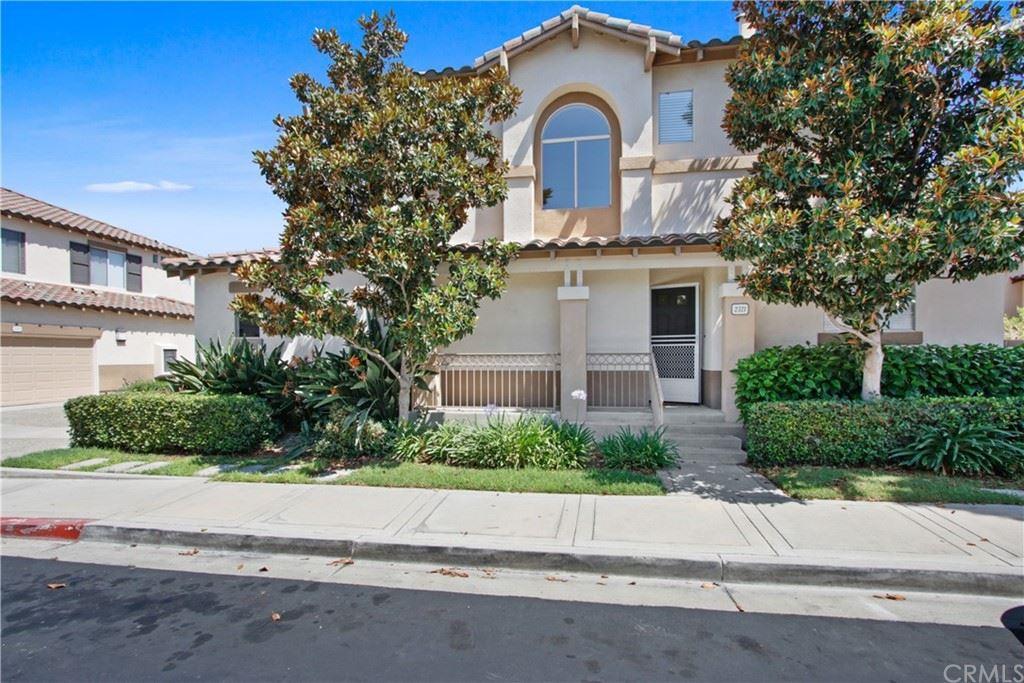 Photo of 2321 Sunningdale Drive, Tustin, CA 92782 (MLS # PW21166664)