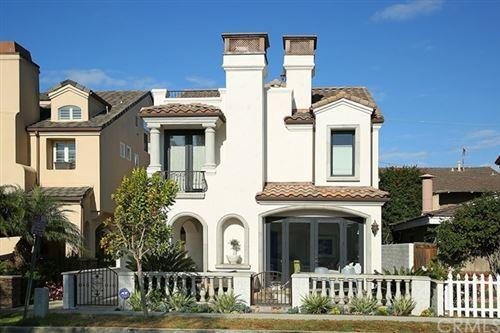Photo of 505 1/2 Carnation Avenue, Corona del Mar, CA 92625 (MLS # NP21100665)