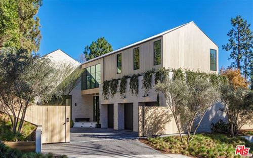 Photo of 1054 Angelo Drive, Beverly Hills, CA 90210 (MLS # 21686666)