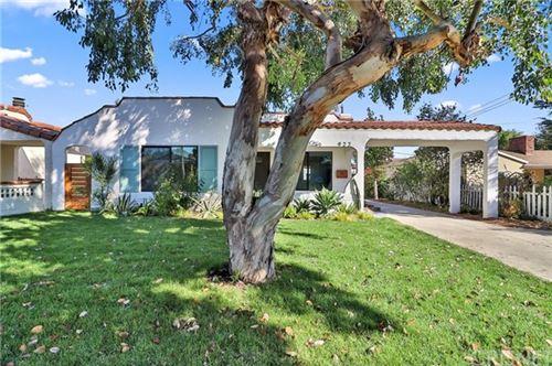 Photo of 922 N Lincoln Street, Burbank, CA 91506 (MLS # SR20242666)