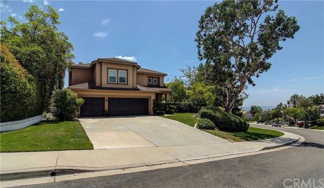 Photo for 24 Toulon Avenue, Lake Forest, CA 92610 (MLS # OC19167667)