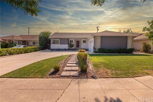 Photo of 16270 Kalisher Street, Granada Hills, CA 91344 (MLS # SR20220669)