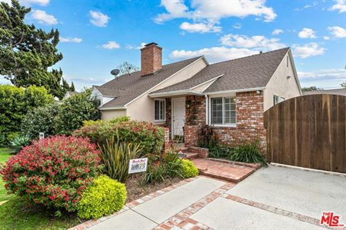 Photo of 3301 Corinth Avenue, Los Angeles, CA 90066 (MLS # 21725670)