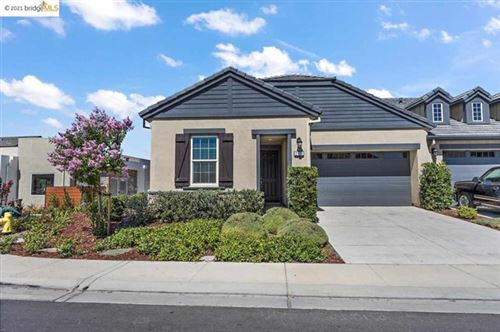 Photo of 2111 Sangria St, Brentwood, CA 94513 (MLS # 40955670)