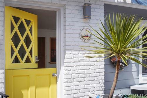 Photo of 219 Opal Avenue, Newport Beach, CA 92662 (MLS # NP20193670)
