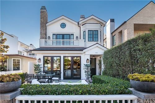Photo of 416 Orchid, Corona del Mar, CA 92625 (MLS # NP20217670)