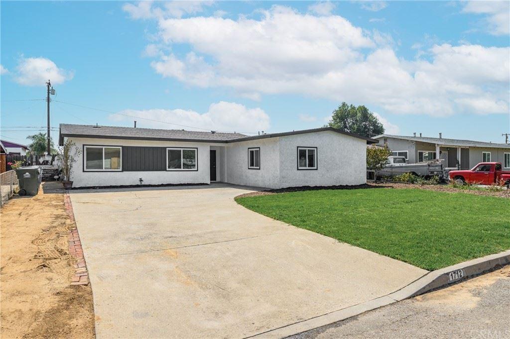 1712 E Bonnie Brae Court, Ontario, CA 91764 - MLS#: AR21205670