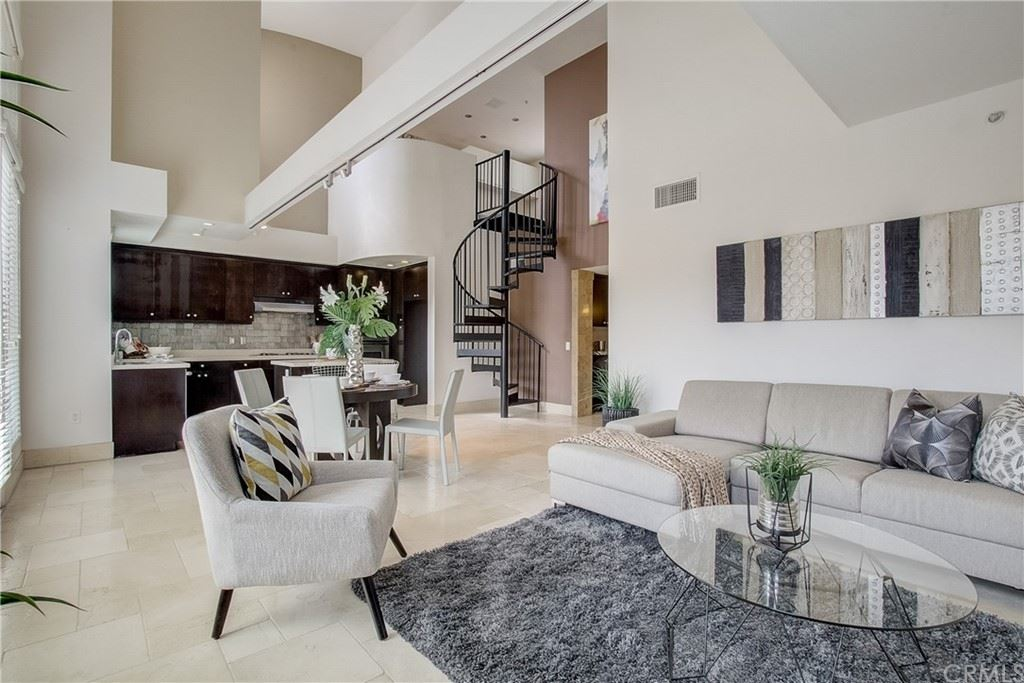 201 E Angeleno Avenue #409, Burbank, CA 91502 - MLS#: BB21131670