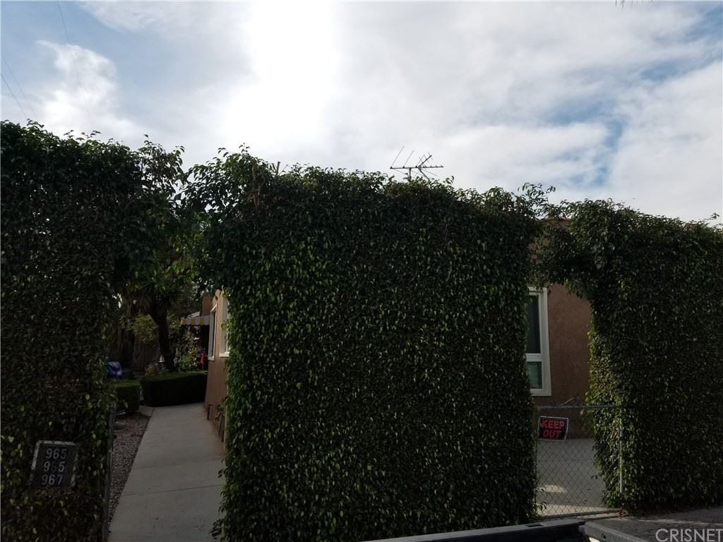 Photo of 965 N Saint Andrews Place, Hollywood, CA 90038 (MLS # SR20233670)