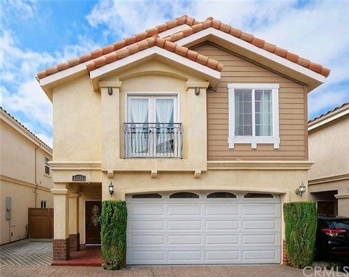 Photo of 13747 Cordary Avenue, Hawthorne, CA 90250 (MLS # PW21104671)